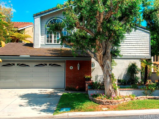 Single Family Home for Sale at 17832 Arbor St Irvine, California 92612 United States