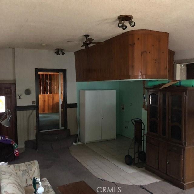 20930 Jamison Avenue, Carson CA: http://media.crmls.org/medias/9f9c2a0c-0070-4e50-8125-cc797e5a23e3.jpg