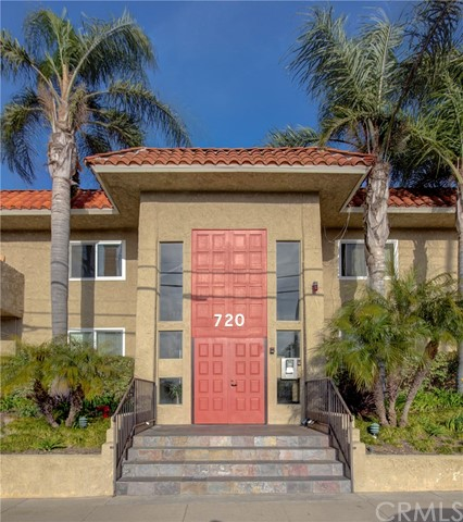 720 Meyer Ln 102, Redondo Beach, CA 90278
