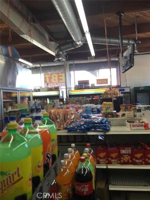 206 W Adams Bl, Los Angeles, CA 90007 Photo 2