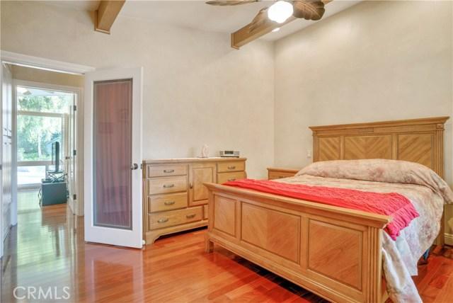 18 Ranchview Road, Rolling Hills Estates CA: http://media.crmls.org/medias/9fbebbea-8556-4008-928a-e951bebf622f.jpg