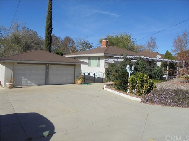 Single Family Home for Sale at 12808 Fremont Street Yucaipa, 92399 United States