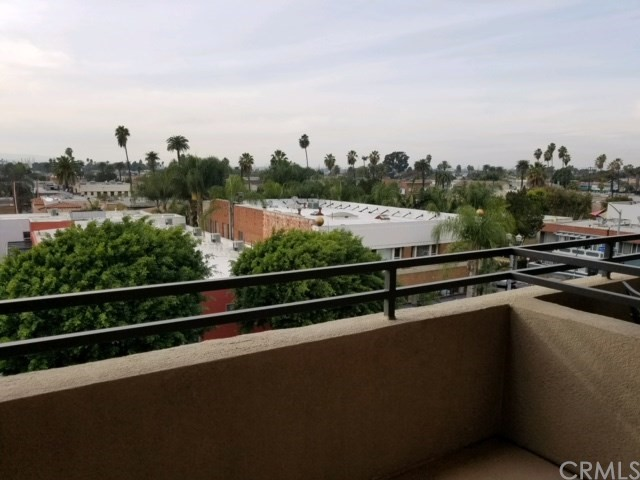 838 Pine Av, Long Beach, CA 90813 Photo 9