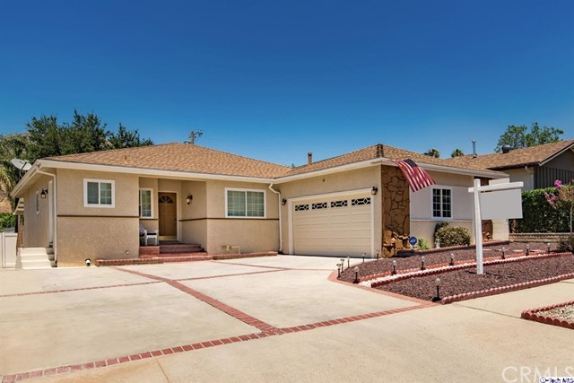 Single Family Home for Sale at 8049 Le Berthon Street Street Sunland, California 91040 United States