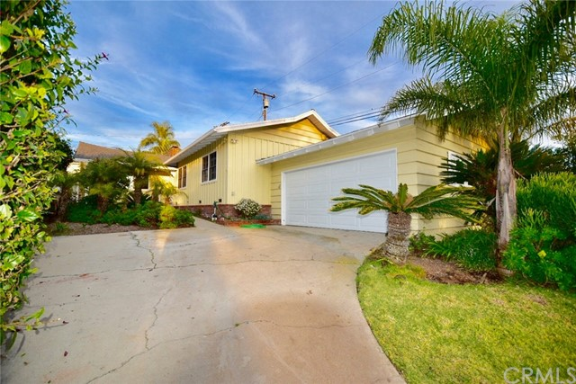 413 Via Pasqual, Redondo Beach, California 90277, 3 Bedrooms Bedrooms, ,1 BathroomBathrooms,Single family residence,For Sale,Via Pasqual,PV20012908