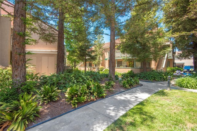 3525 W Stonepine Lane, Anaheim CA: http://media.crmls.org/medias/9fe1ceb9-ab7a-4f01-ba64-5e007164a843.jpg