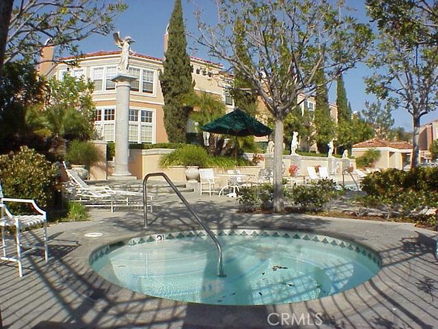 8 Torrigiani Aisle, Irvine, CA 92606 Photo 33