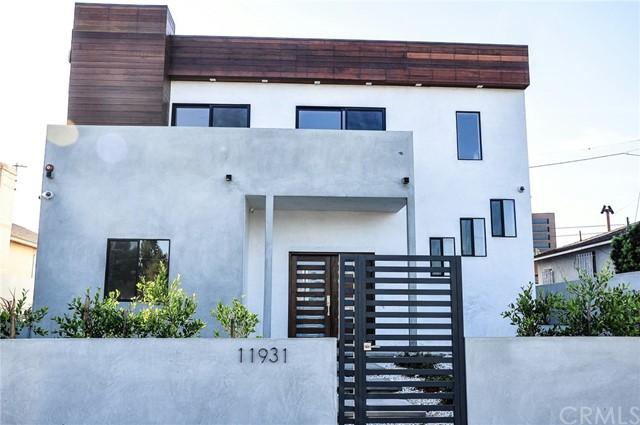 Photo of 11931 Tennessee Place, Los Angeles, CA 90064