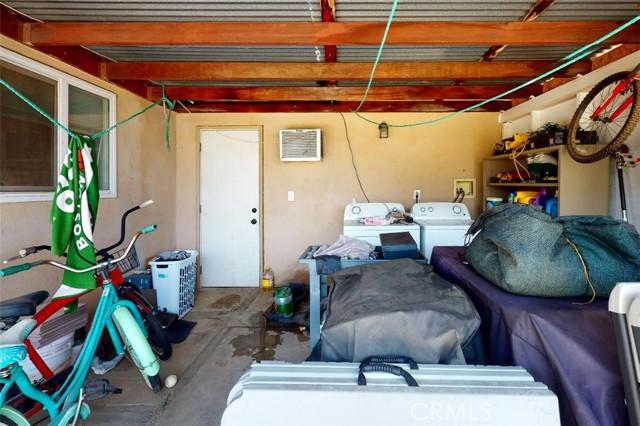 6728 Fillmore Avenue, Rialto CA: http://media.crmls.org/medias/9feeba9c-2b0b-4f79-85e6-adcaa8af701e.jpg