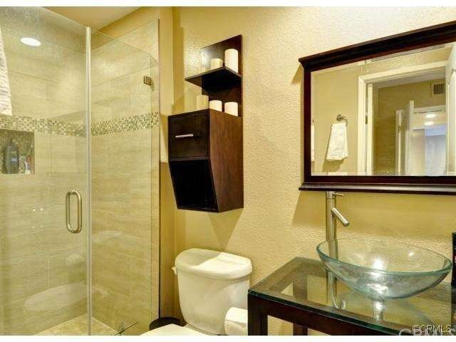2411 Prospect Avenue 226  Hermosa Beach CA 90254