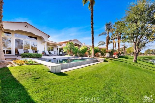 79840 Rancho La Quinta Drive, La Quinta CA: http://media.crmls.org/medias/a01bad66-d801-4995-9c9c-8299fb1c5172.jpg