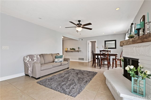 455 N Noble Street, Orange CA: http://media.crmls.org/medias/a0257de0-ee23-4367-8a09-bcb7b4331512.jpg