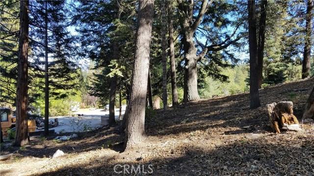 0 N Bay Road, Lake Arrowhead CA: http://media.crmls.org/medias/a04223d1-09f8-469e-8389-10e83f9e0dd3.jpg
