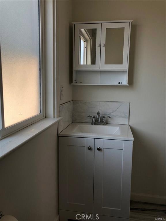 215 W Riggin Street, Monterey Park CA: http://media.crmls.org/medias/a0441445-3019-46ff-af97-05251e9ae7da.jpg