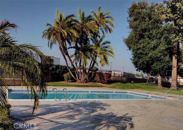 1300 Primrose Street, Upland CA: http://media.crmls.org/medias/a058fabb-af97-4233-9f02-5879e460d8e0.jpg
