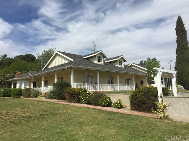Single Family Home for Sale at 10033 Winesap Avenue Cherry Valley, California 92223 United States