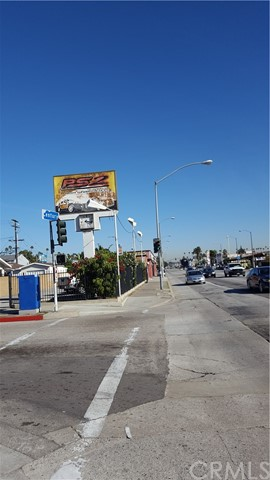 Retail for Sale at 4427 W Century Boulevard 4427 W Century Boulevard Inglewood, California 90304 United States