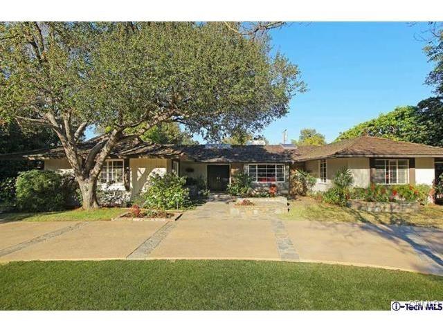 Single Family Home for Sale at 1680 Oak Grove Avenue San Marino, California 91108 United States