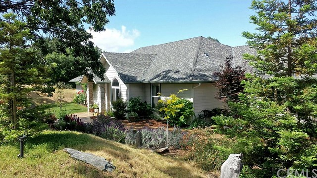Single Family Home for Sale at 44632 Highway 49 Ahwahnee, California 93601 United States