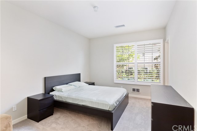 117 Briarberry, Irvine, CA 92618 Photo 2