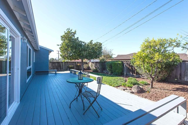 44982 Winding Lane, Fremont CA: http://media.crmls.org/medias/a07d2657-a0d8-4e9f-81f2-3c3bd63088ab.jpg