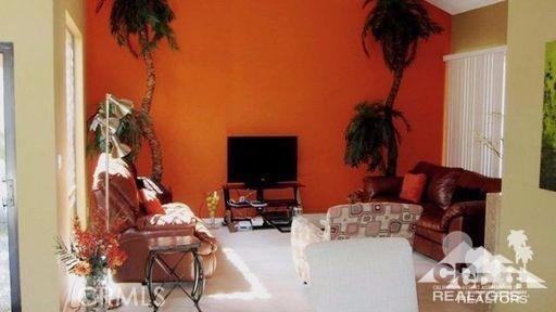 279 Tolosa Circle, Palm Desert CA: http://media.crmls.org/medias/a082494e-be91-4945-9836-3217f3ae897a.jpg