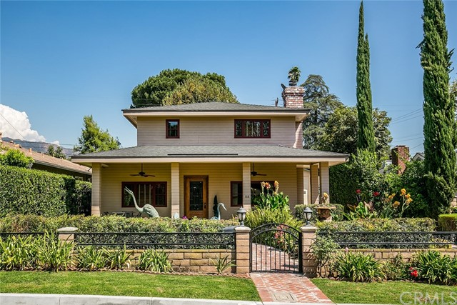 Detail Gallery Image 1 of 41 For 118 N Garfield Pl, Monrovia, CA 91016 - 6 Beds | 3/1 Baths