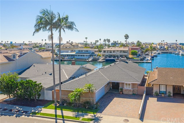 Detail Gallery Image 1 of 1 For 16651 Peale Ln, Huntington Beach, CA 92649 - 3 Beds | 2 Baths