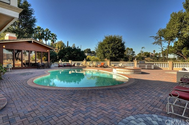3200 Oakley Drive Los Angeles, CA 90068 - MLS #: PW17279189