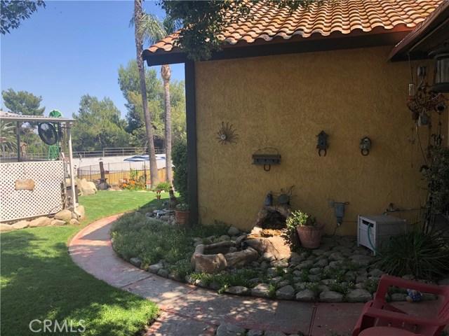 5537 Deer Creek Lane, Rancho Cucamonga CA: http://media.crmls.org/medias/a0addb5c-8225-4718-b093-ff1464603c1b.jpg
