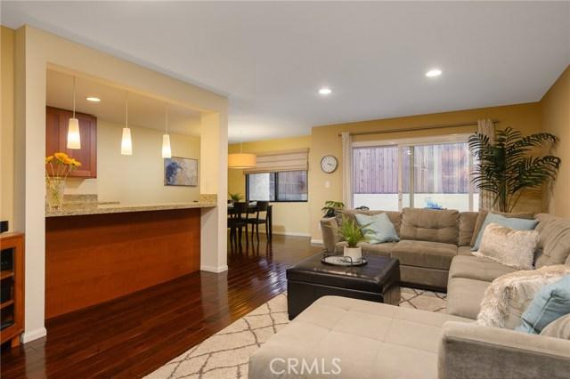 123 Oak Avenue, El Segundo, California 90245, 2 Bedrooms Bedrooms, ,2 BathroomsBathrooms,Condominium,For Sale,Oak,SB20013664