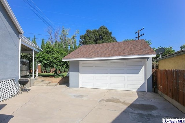 4334 acampo Avenue, Glendale CA: http://media.crmls.org/medias/a0b444da-b1fd-427c-8977-a9411f35f468.jpg