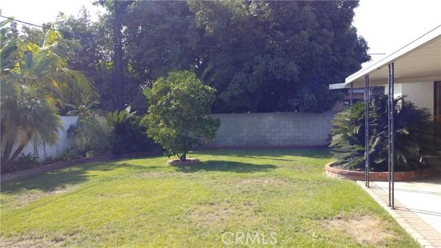 9322 Tweedy Lane, Downey CA: http://media.crmls.org/medias/a0bbdd32-8fd8-49c0-ab8c-6c5f32c0a6e8.jpg
