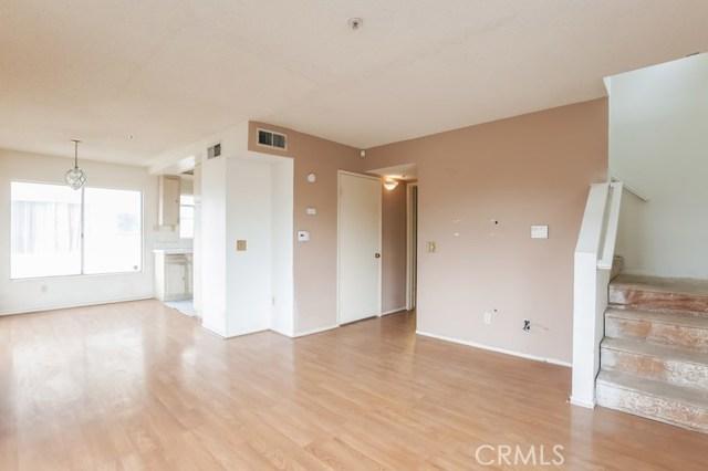8760 Burnet Avenue Unit 1 North Hills, CA 91343 - MLS #: IV18289970