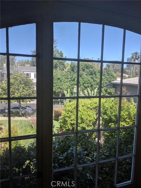 1415 Thayer Avenue, Los Angeles CA: http://media.crmls.org/medias/a0f018b8-1de4-4c9f-98a3-681681cb3705.jpg