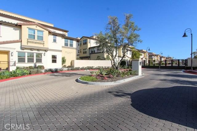 3830 W KENT Avenue, Santa Ana CA: http://media.crmls.org/medias/a0f2f88a-1bdb-48b9-80e5-ee732dbffbd9.jpg