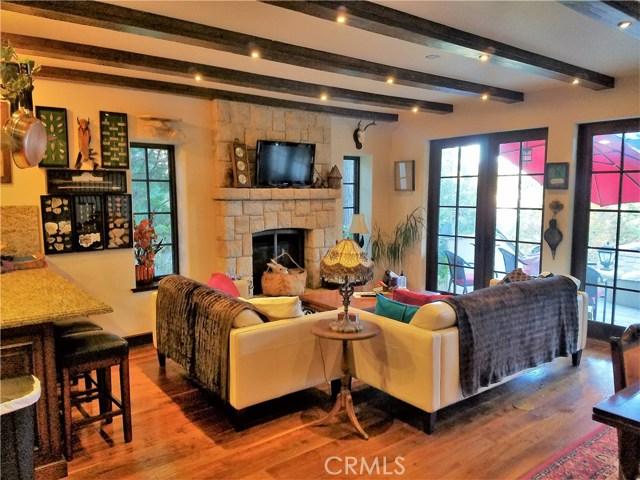 28718 Palisades Drive Lake Arrowhead, CA 92352 - MLS #: IV17119342