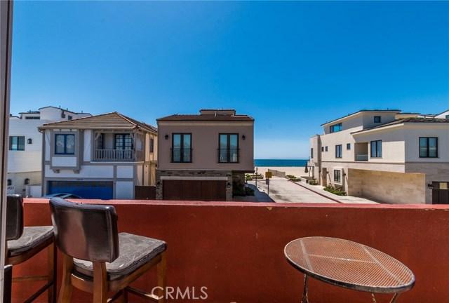 Photo of  Newport Beach, CA 92663 MLS OC18066191