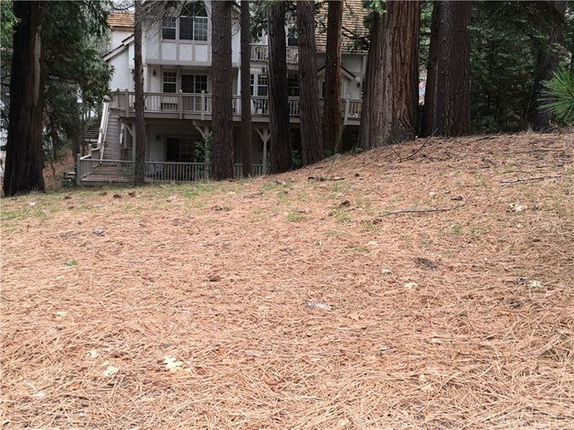 0 Bay View Court, Lake Arrowhead CA: http://media.crmls.org/medias/a104e66a-a6f6-4776-b80c-4f9014e9f135.jpg