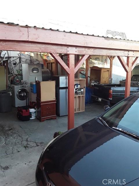 11213 S Central Avenue, Los Angeles CA: http://media.crmls.org/medias/a10bf3b0-d887-4866-80bc-1f9378ec0b21.jpg