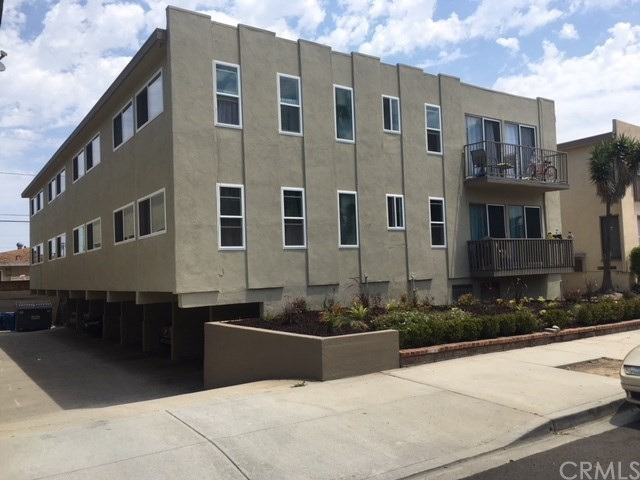 Residential Income for Sale at 513 Avenue G 513 Avenue G Redondo Beach, California 90277 United States