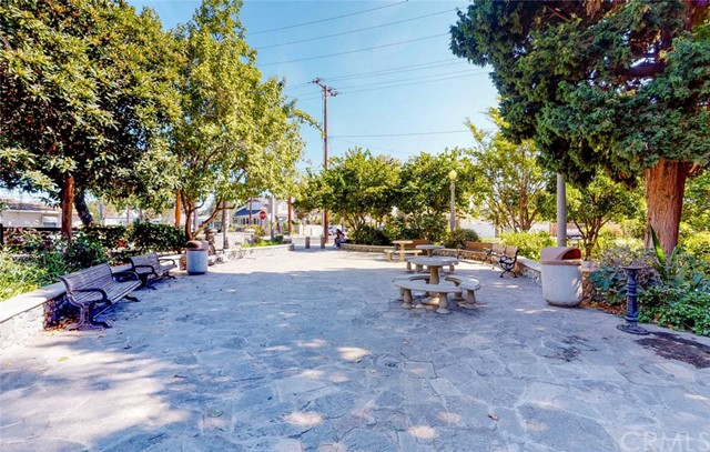 806 E Almond Avenue Orange, CA 92866 - MLS #: DW17238407