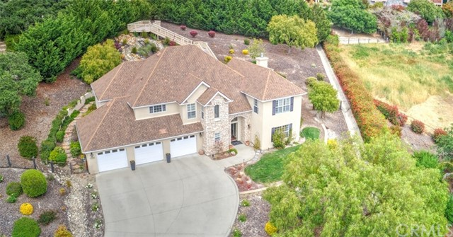 1220  Echo Canyon Court, Arroyo Grande, California