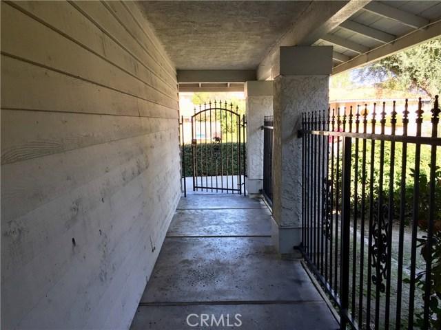 6767 Rycroft Drive, Riverside CA: http://media.crmls.org/medias/a129e5db-ccb0-4e5b-a501-9cf6c2bbe038.jpg