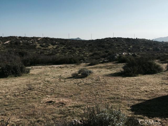 7 Minton Road, Homeland CA: http://media.crmls.org/medias/a12c1633-e626-462e-a13c-fa4ea6aba55c.jpg