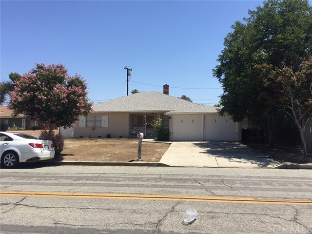 941 E Central Avenue Hemet, CA 92543 - MLS #: SB18107799
