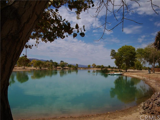 48275 Silver Valley Road, Newberry Springs CA: http://media.crmls.org/medias/a13cc413-55a1-42b1-8cfb-3ee7549a2cfd.jpg