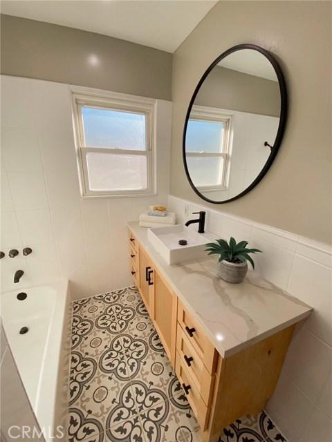 911 S Castlegate Avenue, Los Angeles, California 90221, 3 Bedrooms Bedrooms, ,2 BathroomsBathrooms,Single family residence,For sale,Castlegate,OC20248775
