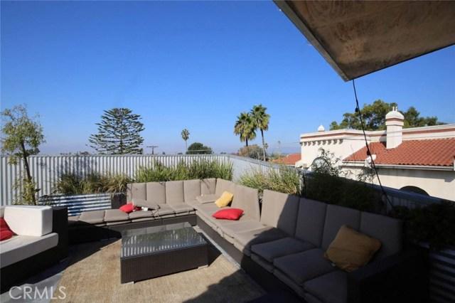 12818 Zanja Street, Los Angeles CA: http://media.crmls.org/medias/a140a5ad-fcdf-4ff8-a22d-82469d07b8d8.jpg