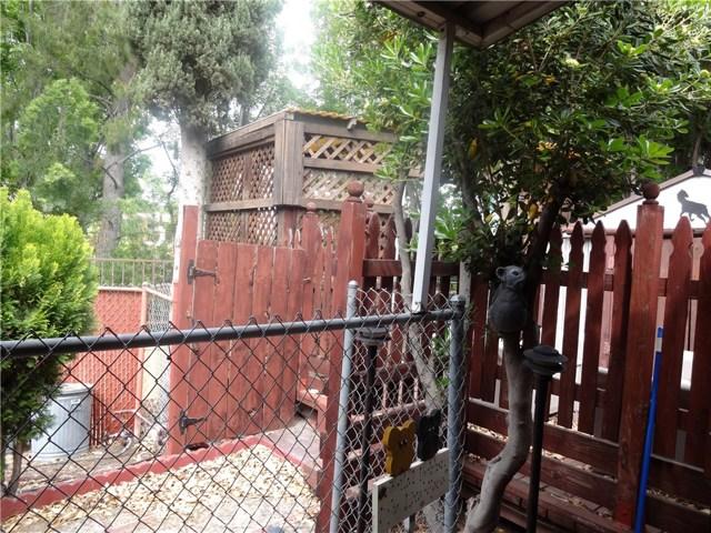 16733 Oak View Drive, Encino CA: http://media.crmls.org/medias/a142f249-116c-493e-b6cd-1a06137b4ead.jpg